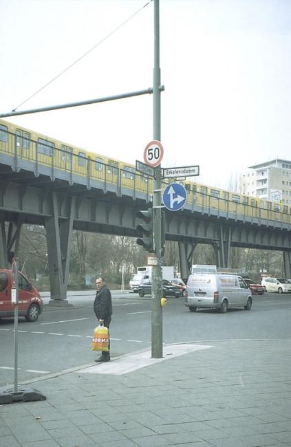 http://josephcharroy.be/files/gimgs/th-62_berlin unvollendete (36).jpg